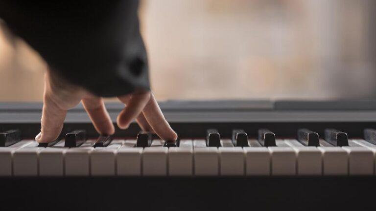 comprar piano digital en sinfonia instrumentos