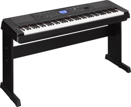 PIANO YAMAHA DGX660B DIGITAL CON ACOMPA  AMIENTOS